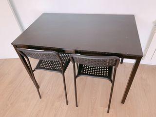 Mesa comedor + 2 sillas IKEA