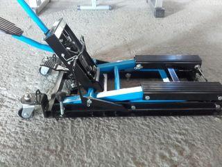 Elevador moto/quad 680kg como nuevo