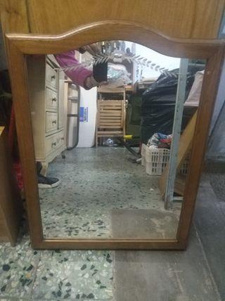 espejo biselado madera
