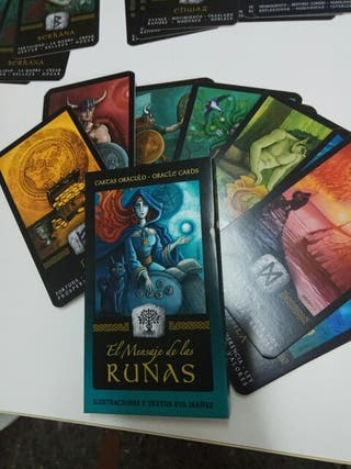 runas tarot oráculo mensajes