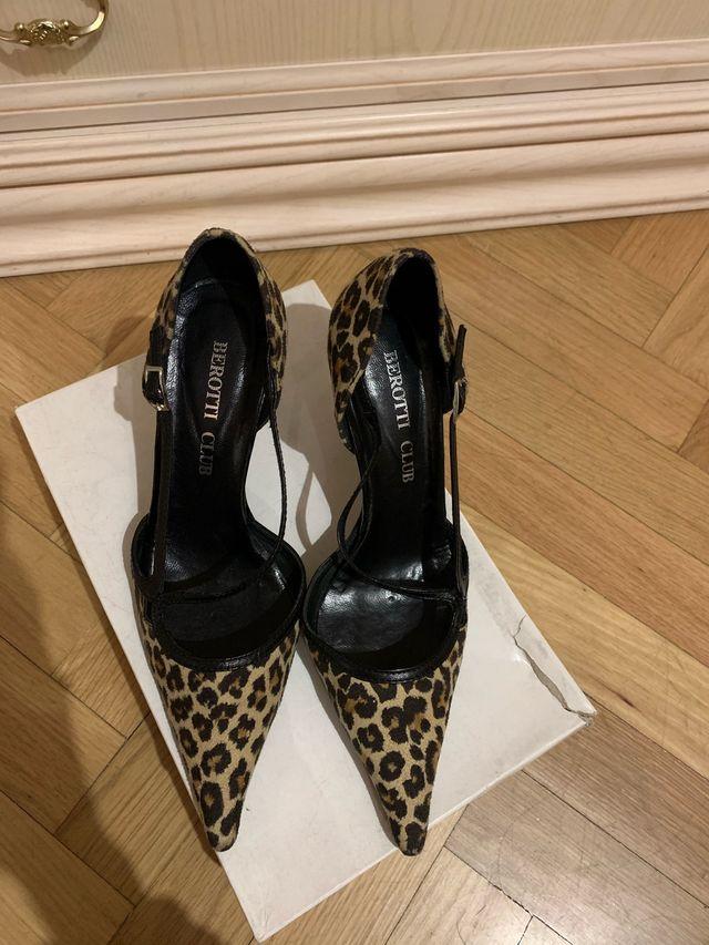 Zapatos mujer 36-37, piel. NUEVOS