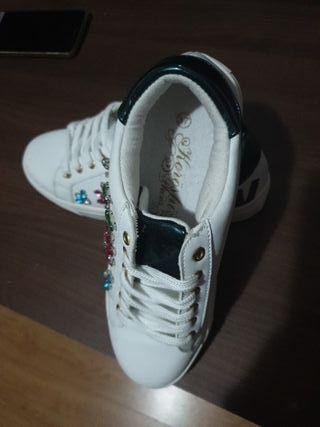 zapatillas deportivas marca koroshi
