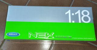 Caja Next (Welly), de coche a escala 1:18