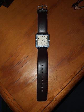 reloj Antonio Miro