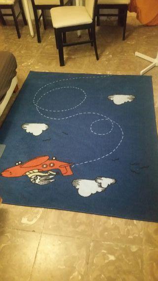 alfombra habitacion niño.semi nueva
