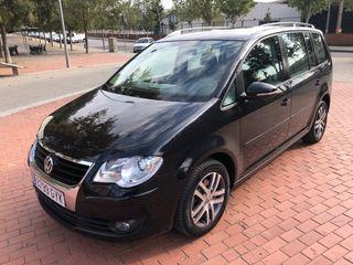 Volkswagen Touran 5 plazas 140cv 2010