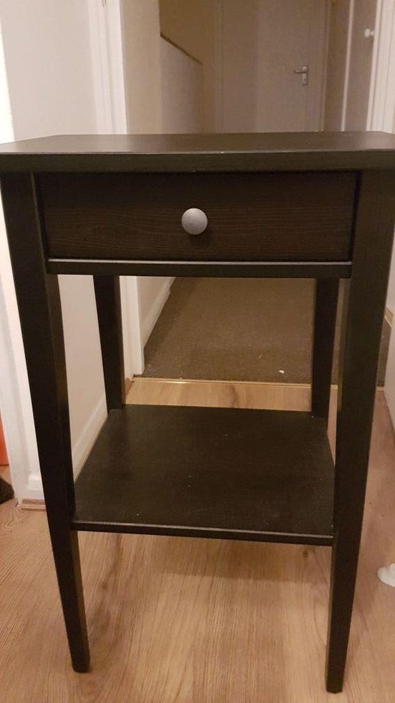 Bedroom table black