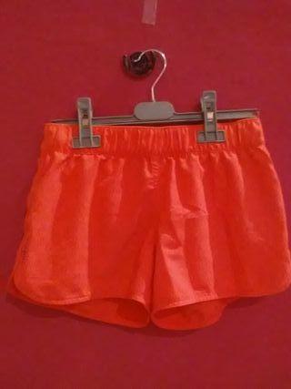 Pantalon-Bañador.Color Rosa muy bonito.