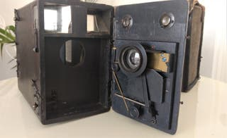 Antigua máquina fotográfica Murer´s Express Newnes