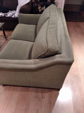 sofá cama , medidas 146 Largo y ancho 95