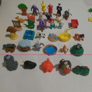 figuras nestle disney personajes diorama kinder