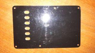 Pieza Guitarra Fender tapa posterior puente