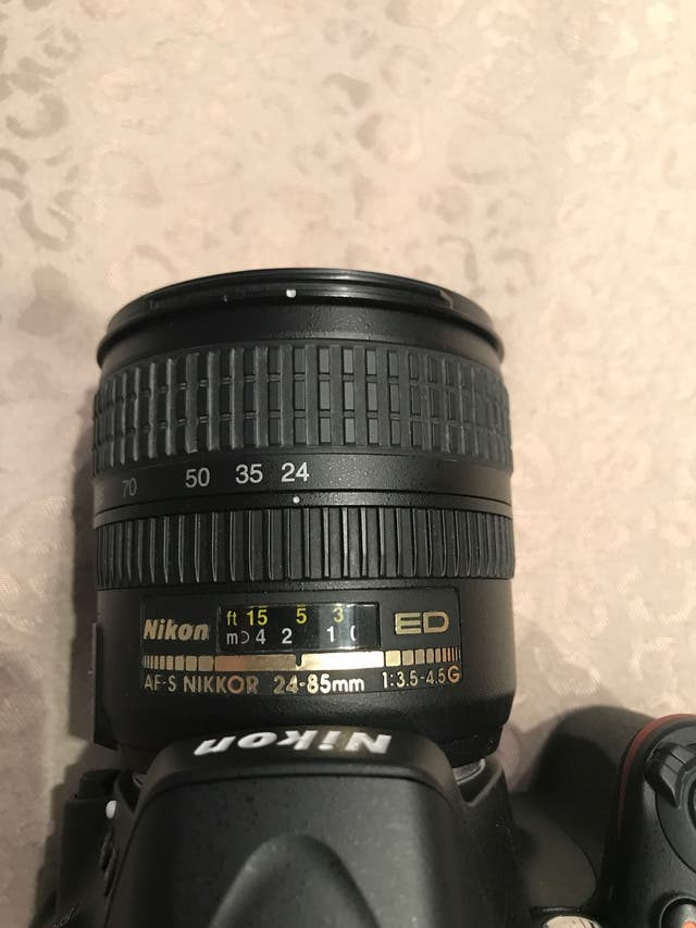 Nikon D5100 camara profesional / objetivos