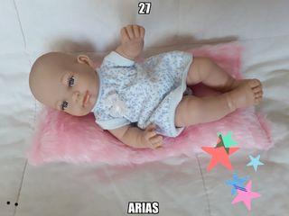 muñeca ARIAS mini recién nacida 27 cm