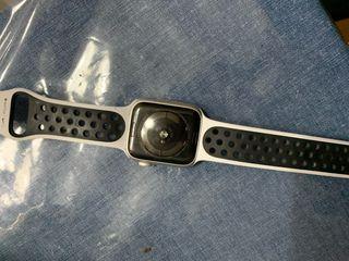 Apple Watch serie 4 TLE