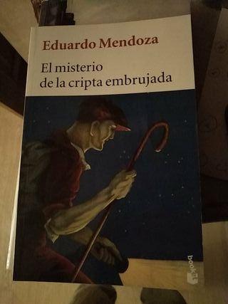 El misterio de la cripta Eduardo Mendoza