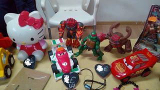 Varios juguetes bebé / niño