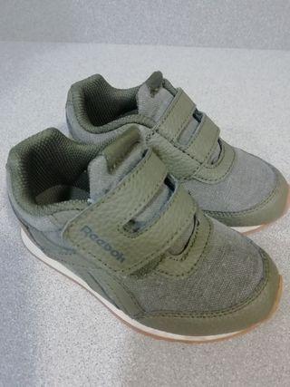 Zapatillas niño Reebok de segunda mano por 8 € en
