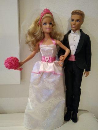muñeca Barbie y Ken boda y Chelsea