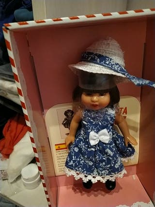 muñeca mini Mariquita Pérez