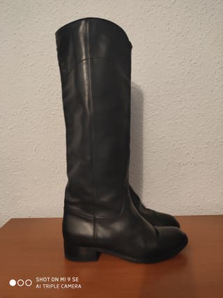 Botas negras de Chanel auténticas