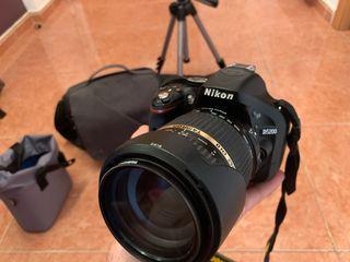 Nikon D5200 con muchos extras