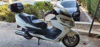Suzuki Burgman 400cc