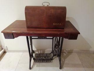 mueble màquina. de coser antigua