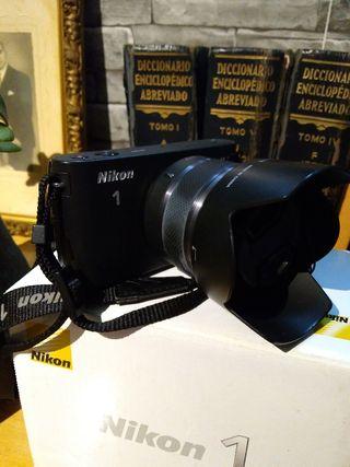 Cámara Mirrorless Evil Nikon J1