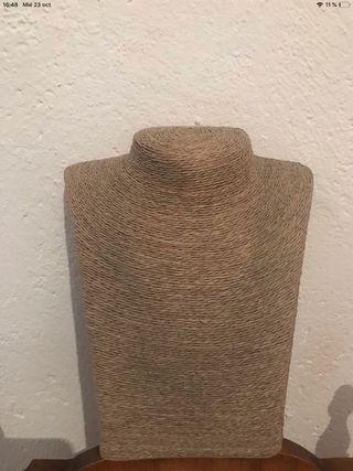 Expositor de collares