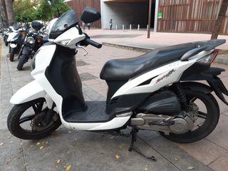 moto 125 cc. Sym.