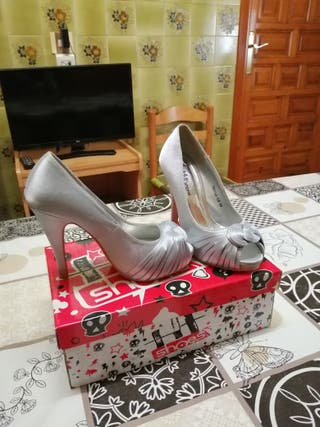 vendo bonitos zapatos