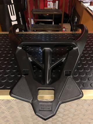 Soporte maleta Yamaha Tmax 530