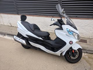 Vendo Suzuki Burgman 400 ABS