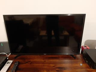 Televisor Smart TV Samsung 40 pulgadas