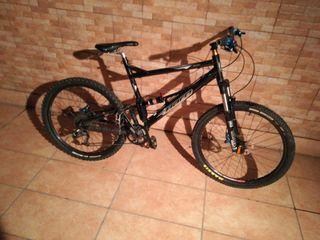 bici enduro HARO