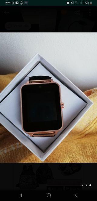 Smartwatch dorado