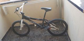 vendo bici BMX