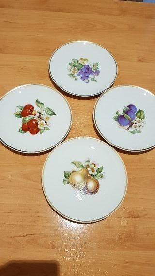 Lote de 4 antiguos platos