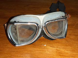 Gafas de aviador.
