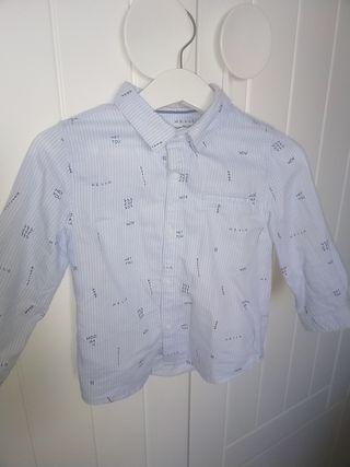 camisa celeste de rallitas