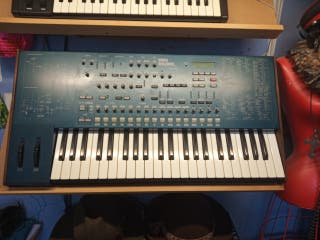 Korg MS 2000 classic vintage synth