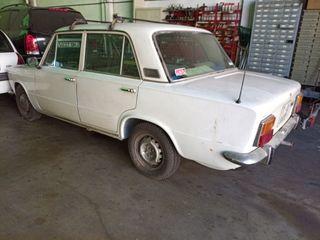 SEAT 124 1972