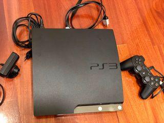 PlayStation 3 con 2 mandos y cámara
