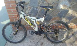 bicicleta de montaña infantil.