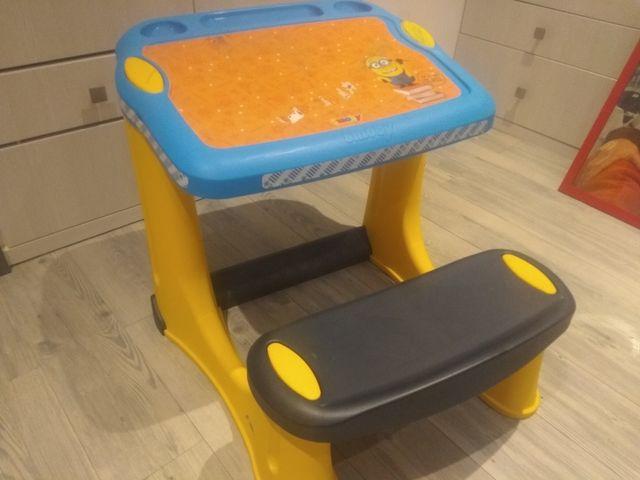 juguete mesa niño diseño minions