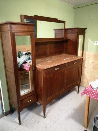 aparador clásico madera castaño y marmol