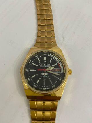 Reloj Citizen oro.
