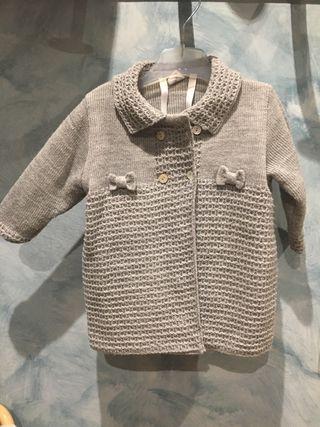 Abrigo lana gris niña con capota