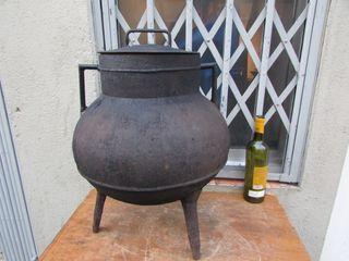 Pote olla grande hierro tapa 35 litros